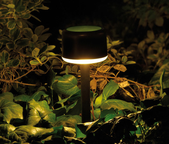 Warm Outdoor Lamps From Santa & Cole