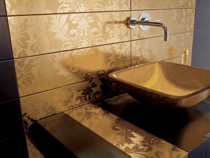 Golden bathroom tiles ideas