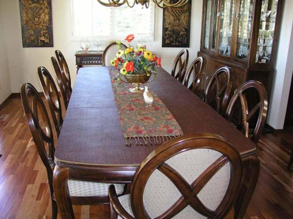 Dining room table cover