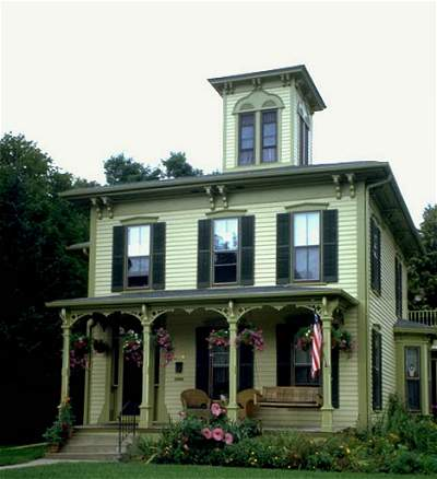 House painting schemes exteriors victorian house for Examples of exterior house color combinations
