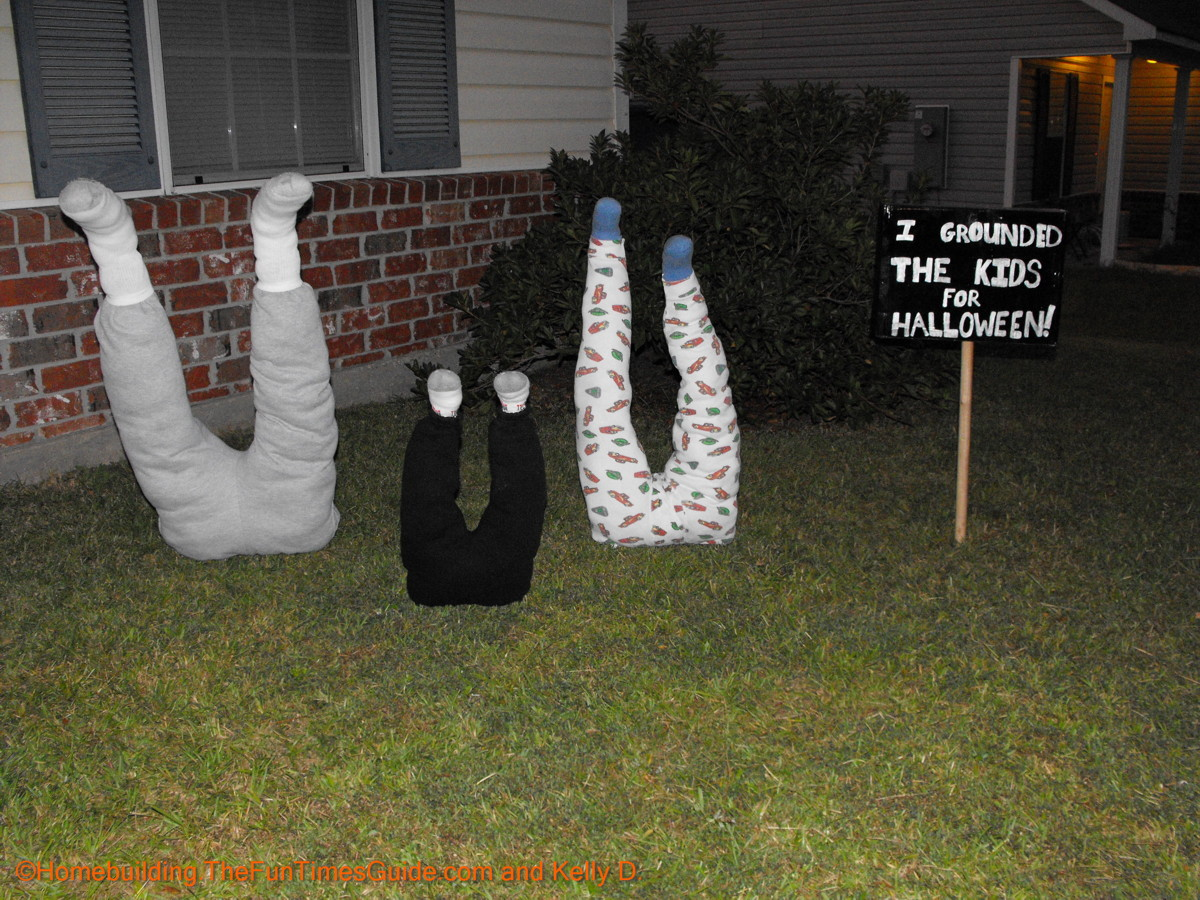 Kelly D kids grounded halloween yard decoration