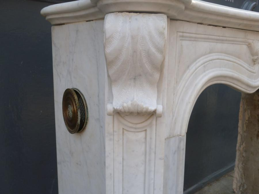 antique marble fireplace surrounds