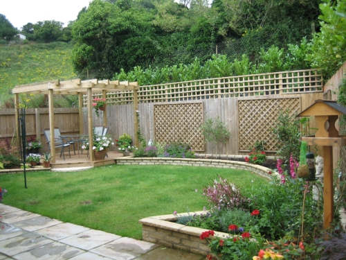 Garden design ideas for small backyards home designs project for Small backyard layout ideas
