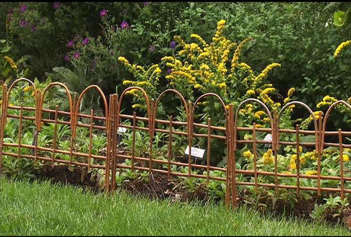 Garden design ideas on a budget home designs project Garden fence ideas