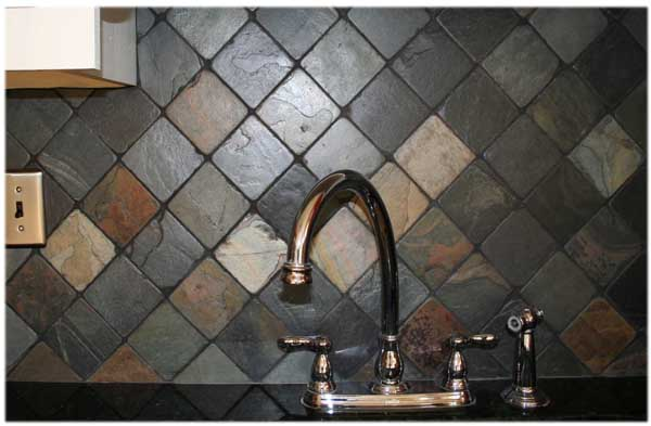kitchen backsplash ideas with black granite countertops