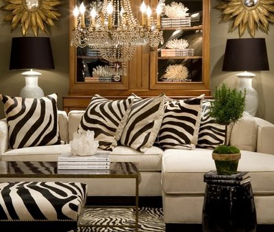 Animal print living room decorating ideas home designs project for Leopard print living room ideas