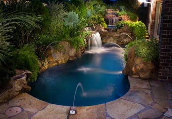 Pool designs for small yards home designs project for Backyard inground pool designs