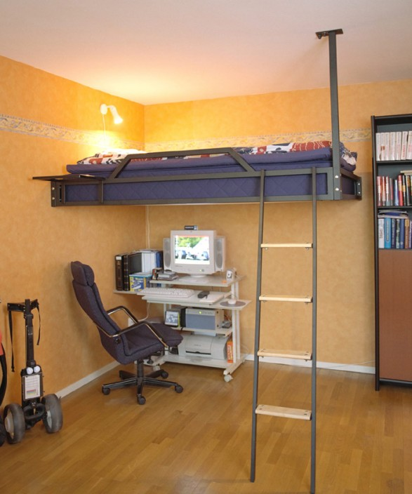 Loft Bed Ideas for Small Rooms 587 x 704
