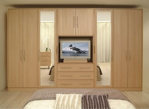 Wooden wardrobe designs for bedroom home designs project - Beautiful bedroom built in cupboards ...