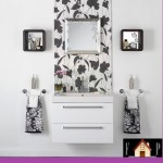 wallpapers-for-bathroom-with-paintings