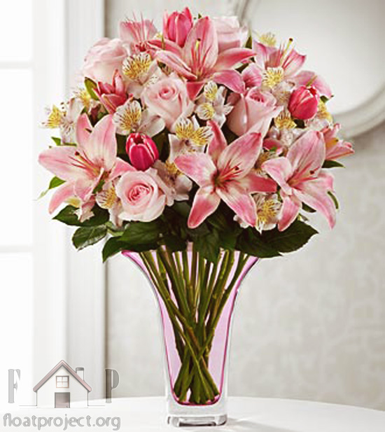 very attractive design flower vase. beautiful flowers How to arrange in a vase  Home Designs Project