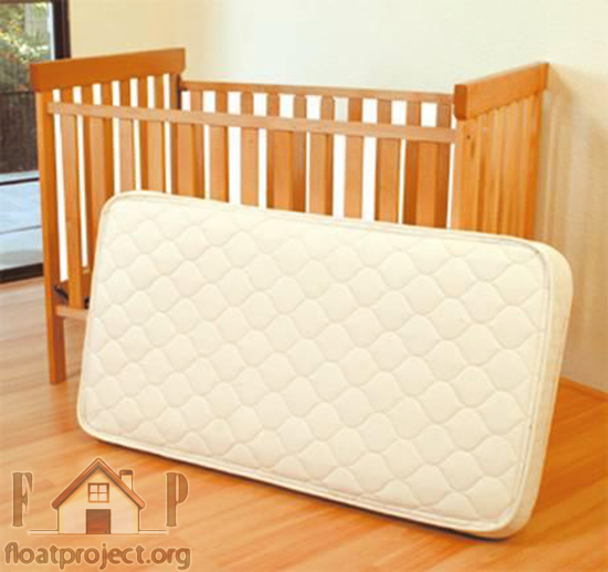 How to choose the mattress for the baby crib