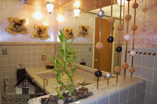 Houseplants as a bathroom decoration