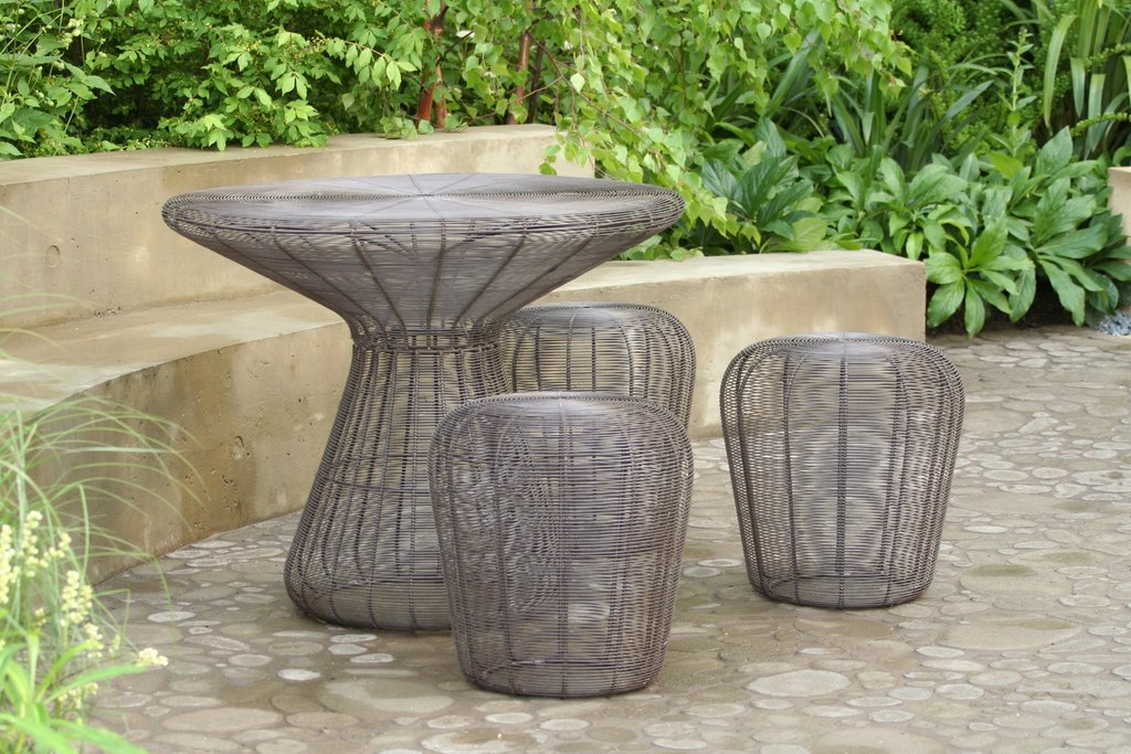steel garden furniture