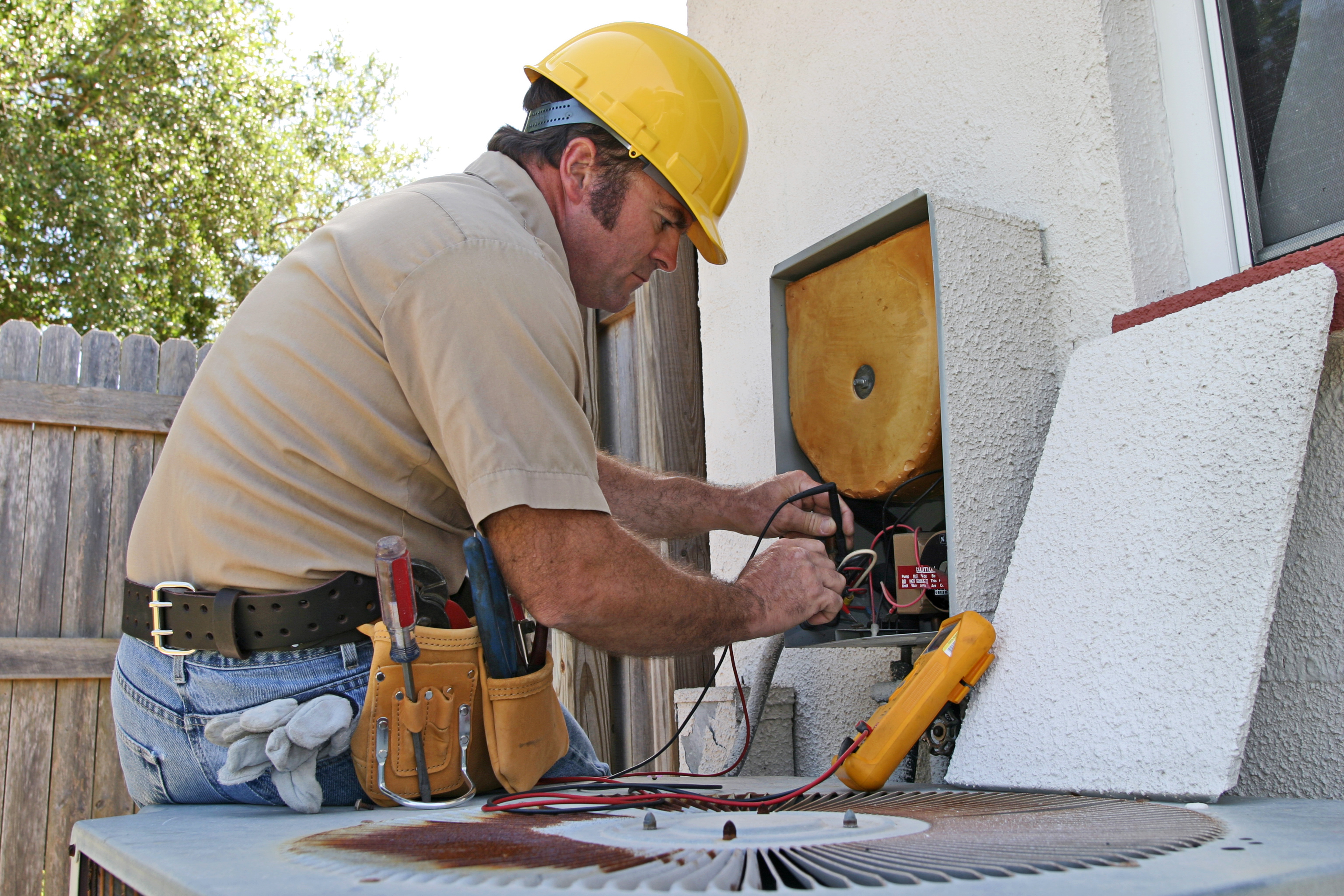 Five Tips before You Hire a Home Repair Handyman