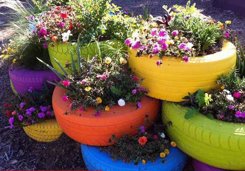Another Idea For A Beautiful Garden Flower Pot Is To Take An Old Car Tire  And Paint Petals To The Side With A Piece Of Chalk.
