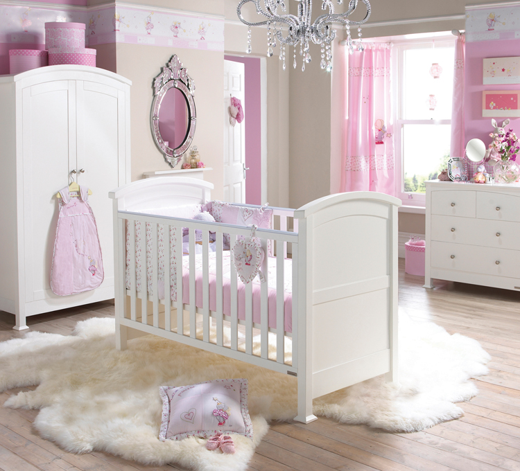 New Baby in the House – How to Decorate the Nursery for the Big Welcome