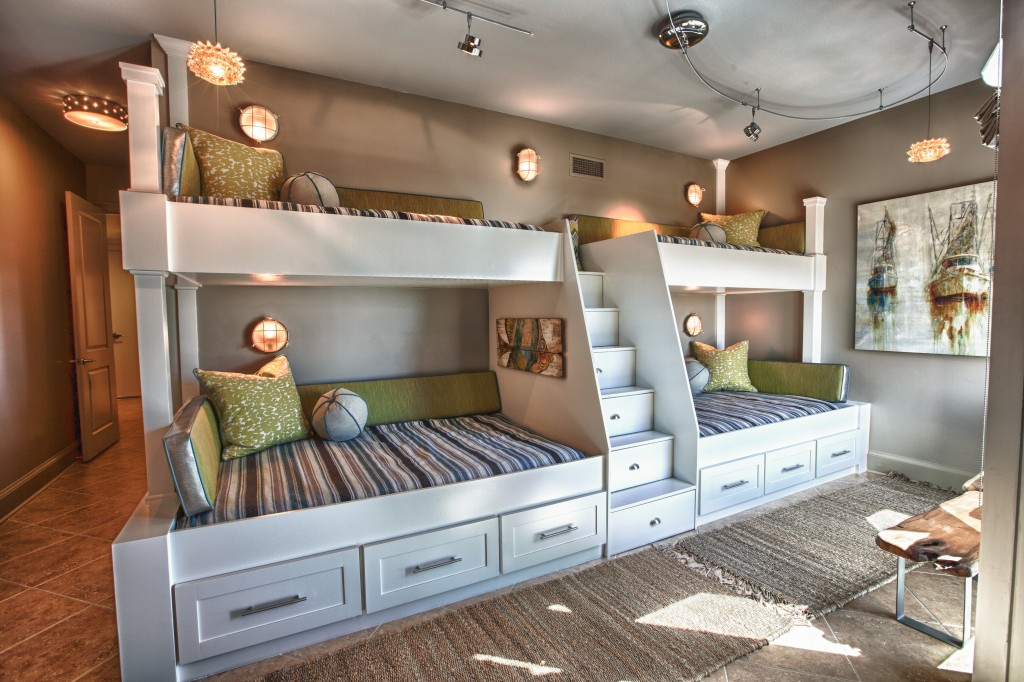 Shared kids\' room designs for three or more children | Home Designs ...