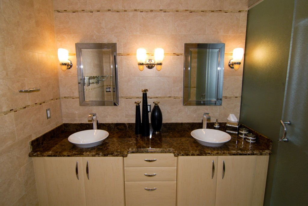 Vanity Lights Images : How to Choose the Right Bathroom Vanity Lighting Home Designs Project