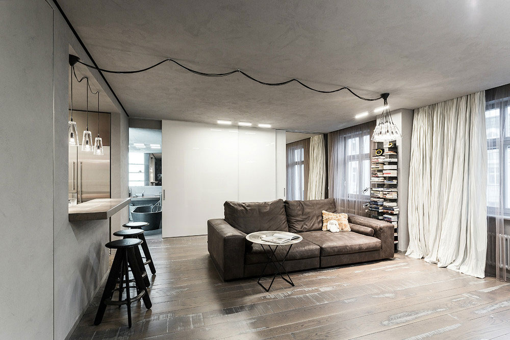 Apartment in Moscow shows explosion of styles